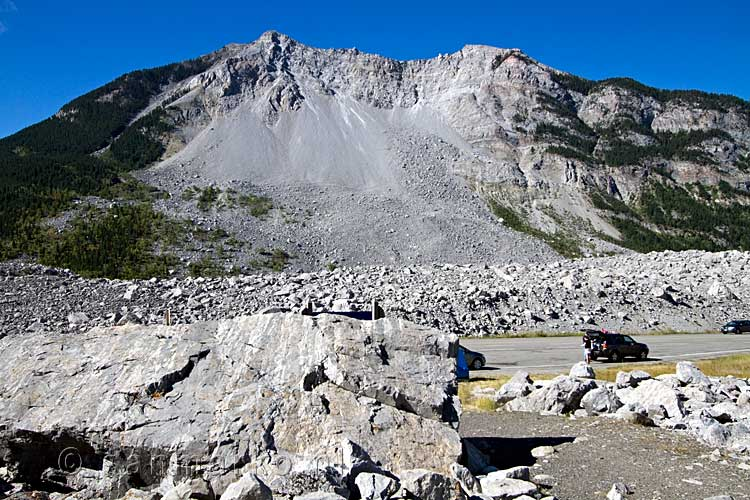 De immense Frank Slide in Alberta in Canada aan de Crowsnest Highway