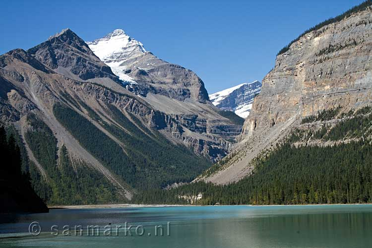 Whitehorn Mountain bij Kinney Lake in Mount Robson Provincial Park in Canada