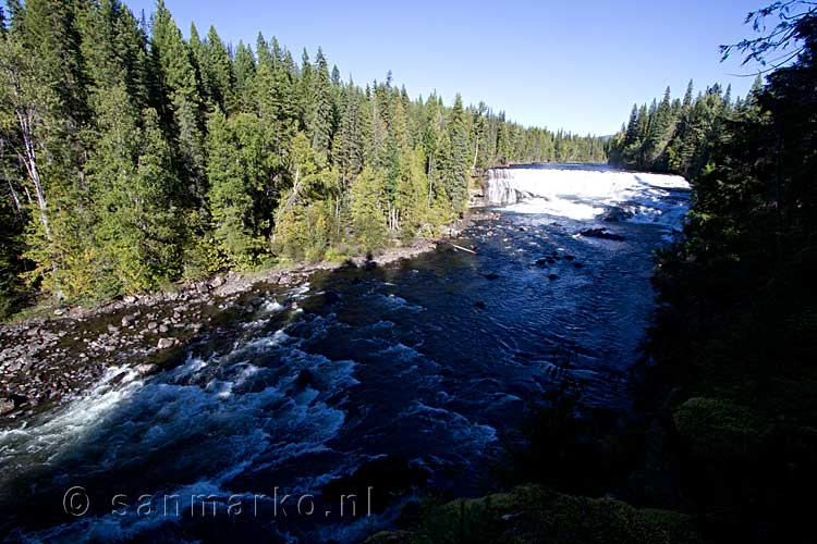 De Dawson Falls in de Clearwater River in Wells Gray Provincial Park